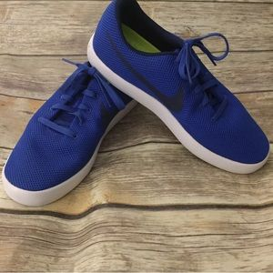 Nike Essentialist Racer Blue Sneakers
